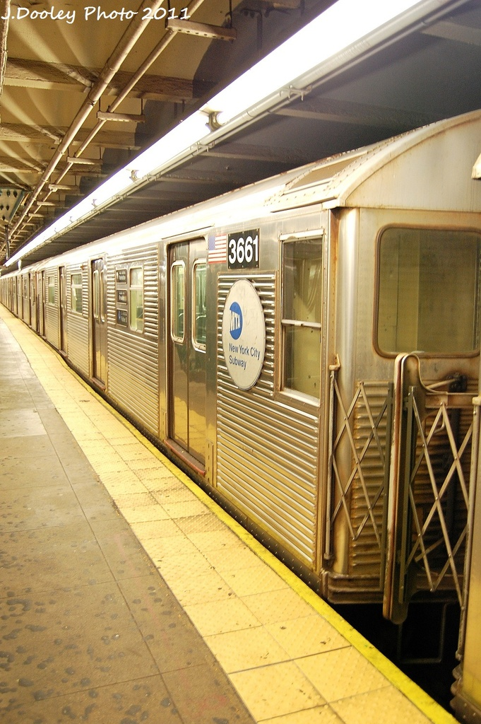 (353k, 681x1024)<br><b>Country:</b> United States<br><b>City:</b> New York<br><b>System:</b> New York City Transit<br><b>Line:</b> IND 8th Avenue Line<br><b>Location:</b> 168th Street <br><b>Route:</b> C<br><b>Car:</b> R-32 (Budd, 1964)  3661 <br><b>Photo by:</b> John Dooley<br><b>Date:</b> 9/22/2011<br><b>Viewed (this week/total):</b> 0 / 785