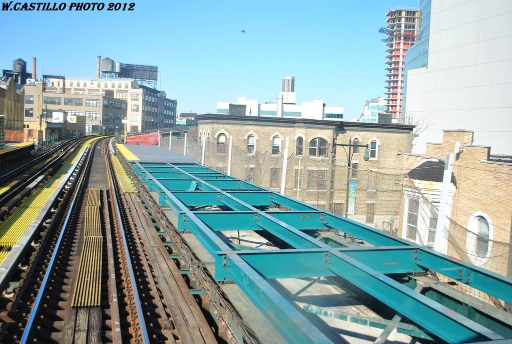 (344k, 1024x687)<br><b>Country:</b> United States<br><b>City:</b> New York<br><b>System:</b> New York City Transit<br><b>Line:</b> IRT Flushing Line<br><b>Location:</b> Court House Square/45th Road <br><b>Photo by:</b> Wilfredo Castillo<br><b>Date:</b> 3/6/2012<br><b>Viewed (this week/total):</b> 3 / 1184