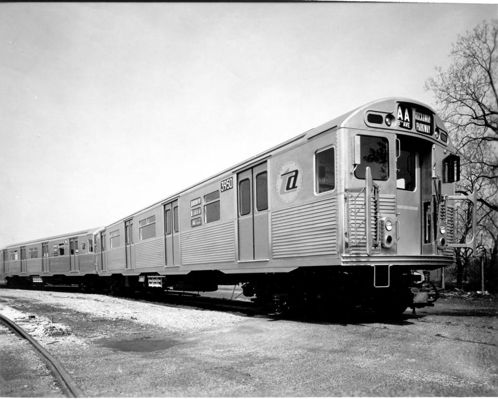 (255k, 1024x822)<br><b>Country:</b> United States<br><b>City:</b> New York<br><b>System:</b> New York City Transit<br><b>Location:</b> Coney Island Yard<br><b>Car:</b> R-38 (St. Louis, 1966-1967)  3950 <br><b>Photo by:</b> Ed Watson/Arthur Lonto Collection<br><b>Collection of:</b> Frank Pfuhler<br><b>Date:</b> 1965<br><b>Viewed (this week/total):</b> 2 / 1184