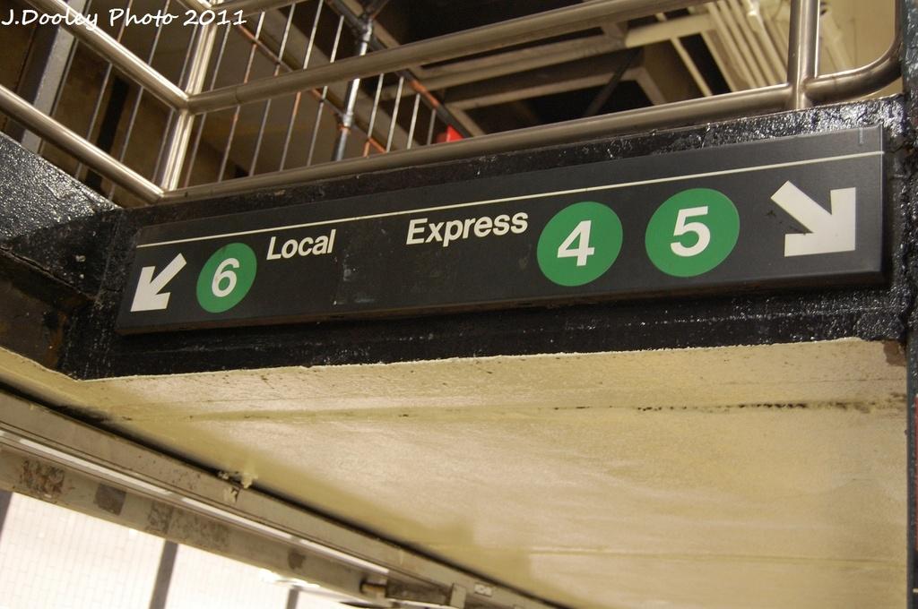 (272k, 1024x680)<br><b>Country:</b> United States<br><b>City:</b> New York<br><b>System:</b> New York City Transit<br><b>Line:</b> IRT East Side Line<br><b>Location:</b> 14th Street/Union Square <br><b>Photo by:</b> John Dooley<br><b>Date:</b> 12/8/2011<br><b>Viewed (this week/total):</b> 0 / 1183