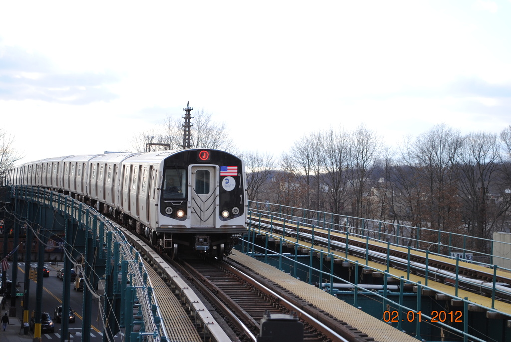 (315k, 1024x687)<br><b>Country:</b> United States<br><b>City:</b> New York<br><b>System:</b> New York City Transit<br><b>Line:</b> BMT Nassau Street/Jamaica Line<br><b>Location:</b> 121st Street <br><b>Route:</b> J<br><b>Car:</b> R-160A-1 (Alstom, 2005-2008, 4 car sets)   <br><b>Photo by:</b> Wilfredo Castillo<br><b>Date:</b> 1/2/2012<br><b>Viewed (this week/total):</b> 0 / 1249