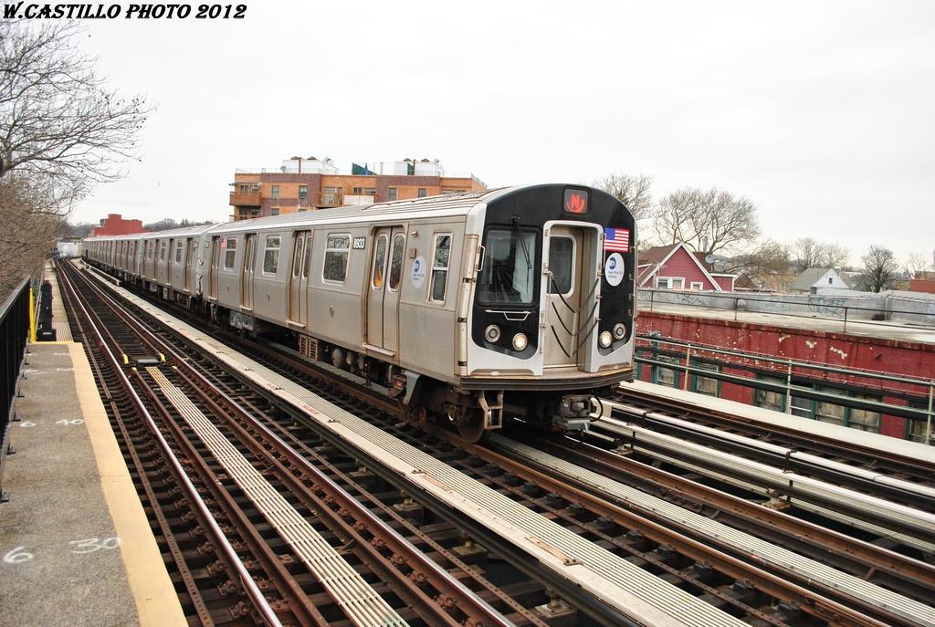 (346k, 1024x687)<br><b>Country:</b> United States<br><b>City:</b> New York<br><b>System:</b> New York City Transit<br><b>Line:</b> BMT West End Line<br><b>Location:</b> 20th Avenue <br><b>Route:</b> N reroute<br><b>Car:</b> R-160B (Kawasaki, 2005-2008)  8933 <br><b>Photo by:</b> Wilfredo Castillo<br><b>Date:</b> 3/1/2012<br><b>Viewed (this week/total):</b> 0 / 1096