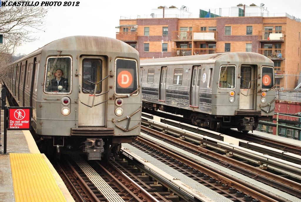 (369k, 1024x687)<br><b>Country:</b> United States<br><b>City:</b> New York<br><b>System:</b> New York City Transit<br><b>Line:</b> BMT West End Line<br><b>Location:</b> 20th Avenue <br><b>Route:</b> D<br><b>Car:</b> R-68 (Westinghouse-Amrail, 1986-1988)  2680 <br><b>Photo by:</b> Wilfredo Castillo<br><b>Date:</b> 3/1/2012<br><b>Viewed (this week/total):</b> 3 / 917