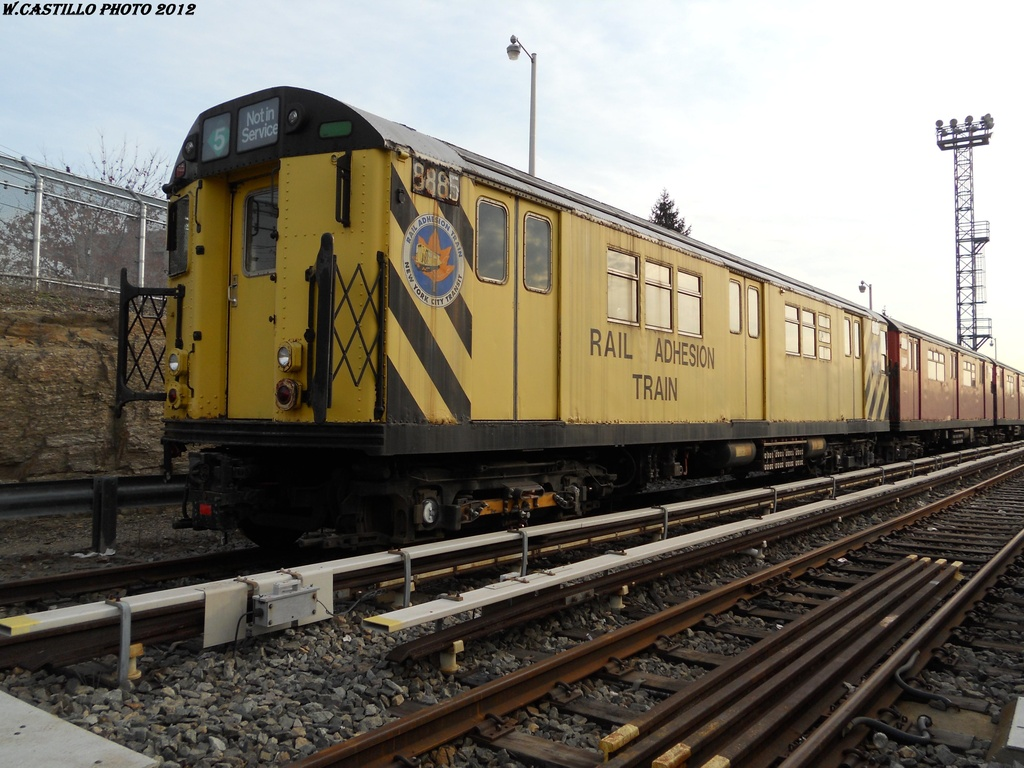 (342k, 1024x768)<br><b>Country:</b> United States<br><b>City:</b> New York<br><b>System:</b> New York City Transit<br><b>Location:</b> Unionport Yard<br><b>Car:</b> Rail Adhesion Train (R-30/R-33 Rebuilds) 8885 <br><b>Photo by:</b> Wilfredo Castillo<br><b>Date:</b> 2012<br><b>Notes:</b> Rail adhesion car.<br><b>Viewed (this week/total):</b> 1 / 1458