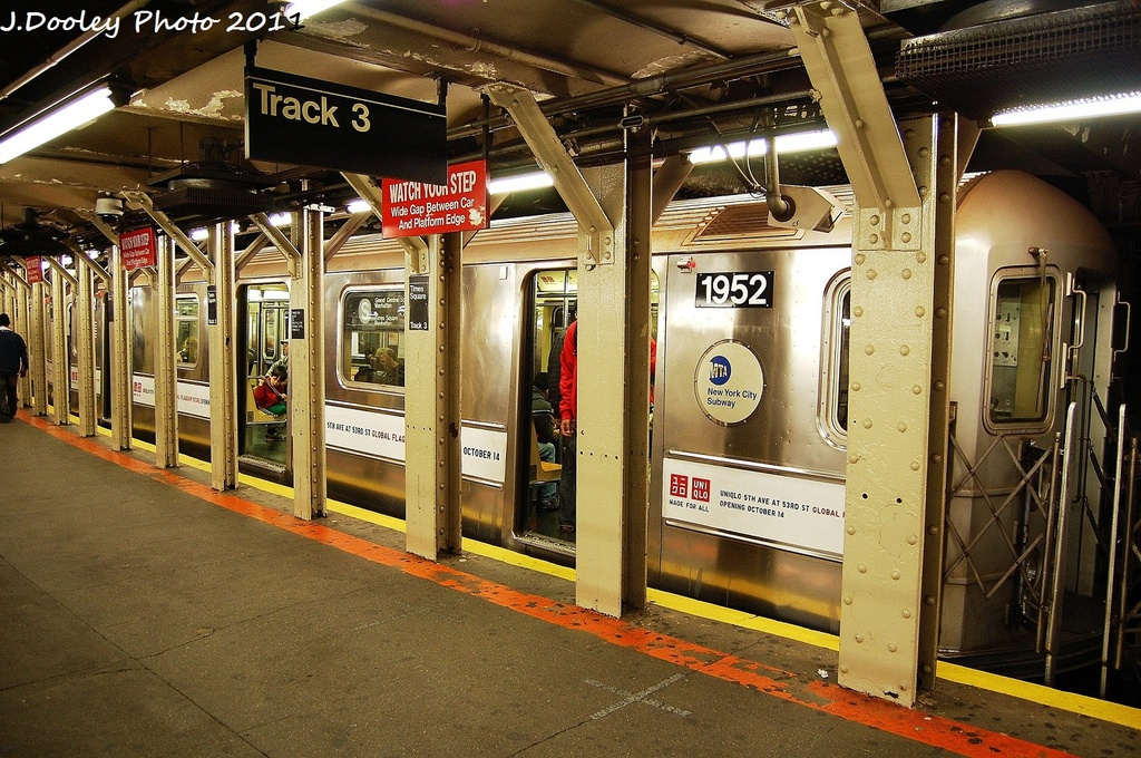 (416k, 1024x680)<br><b>Country:</b> United States<br><b>City:</b> New York<br><b>System:</b> New York City Transit<br><b>Line:</b> IRT Times Square-Grand Central Shuttle<br><b>Location:</b> Times Square <br><b>Route:</b> S<br><b>Car:</b> R-62A (Bombardier, 1984-1987)  1952 <br><b>Photo by:</b> John Dooley<br><b>Date:</b> 10/23/2011<br><b>Viewed (this week/total):</b> 0 / 1136