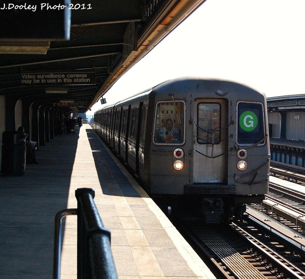 (448k, 1024x936)<br><b>Country:</b> United States<br><b>City:</b> New York<br><b>System:</b> New York City Transit<br><b>Line:</b> BMT Culver Line<br><b>Location:</b> Ditmas Avenue <br><b>Route:</b> G<br><b>Car:</b> R-68 (Westinghouse-Amrail, 1986-1988)  2786 <br><b>Photo by:</b> John Dooley<br><b>Date:</b> 10/9/2011<br><b>Viewed (this week/total):</b> 0 / 957