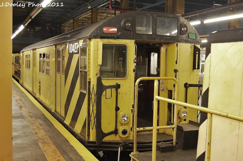 (397k, 1024x681)<br><b>Country:</b> United States<br><b>City:</b> New York<br><b>System:</b> New York City Transit<br><b>Line:</b> IRT Pelham Line<br><b>Location:</b> 3rd Avenue/138th Street <br><b>Route:</b> Work Service<br><b>Car:</b> R-161 Rider Car (ex-R-33)  RD427 <br><b>Photo by:</b> John Dooley<br><b>Date:</b> 9/22/2011<br><b>Viewed (this week/total):</b> 2 / 1200
