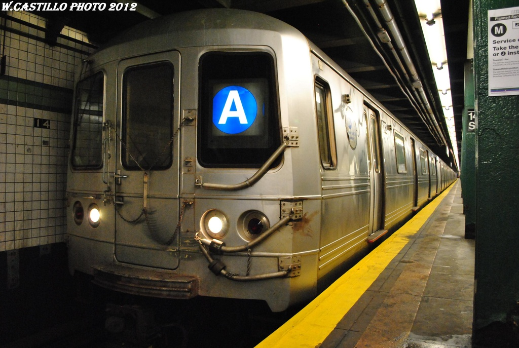 (288k, 1024x687)<br><b>Country:</b> United States<br><b>City:</b> New York<br><b>System:</b> New York City Transit<br><b>Line:</b> IND 6th Avenue Line<br><b>Location:</b> 14th Street <br><b>Route:</b> A reroute<br><b>Car:</b> R-46 (Pullman-Standard, 1974-75) 6142 <br><b>Photo by:</b> Wilfredo Castillo<br><b>Date:</b> 3/13/2012<br><b>Viewed (this week/total):</b> 2 / 1015