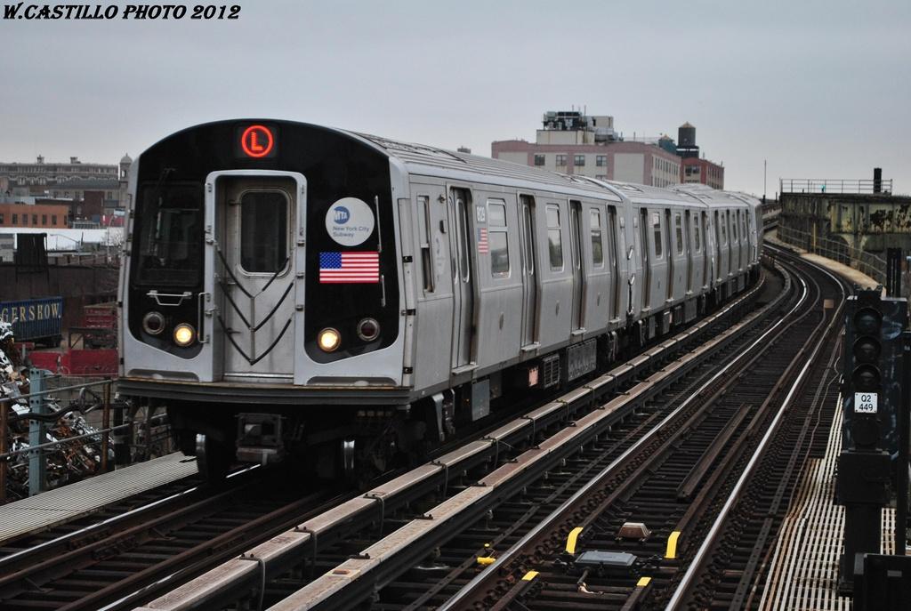 (291k, 1024x687)<br><b>Country:</b> United States<br><b>City:</b> New York<br><b>System:</b> New York City Transit<br><b>Line:</b> BMT Canarsie Line<br><b>Location:</b> Sutter Avenue <br><b>Route:</b> L<br><b>Car:</b> R-143 (Kawasaki, 2001-2002) 8129 <br><b>Photo by:</b> Wilfredo Castillo<br><b>Date:</b> 3/15/2012<br><b>Viewed (this week/total):</b> 0 / 906