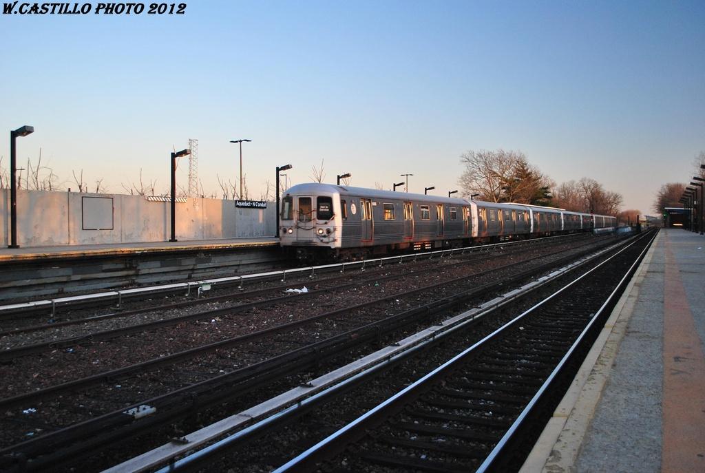 (275k, 1024x687)<br><b>Country:</b> United States<br><b>City:</b> New York<br><b>System:</b> New York City Transit<br><b>Line:</b> IND Rockaway<br><b>Location:</b> Aqueduct/North Conduit Avenue <br><b>Car:</b> R-46 (Pullman-Standard, 1974-75) 5865 <br><b>Photo by:</b> Wilfredo Castillo<br><b>Date:</b> 3/14/2012<br><b>Viewed (this week/total):</b> 0 / 704