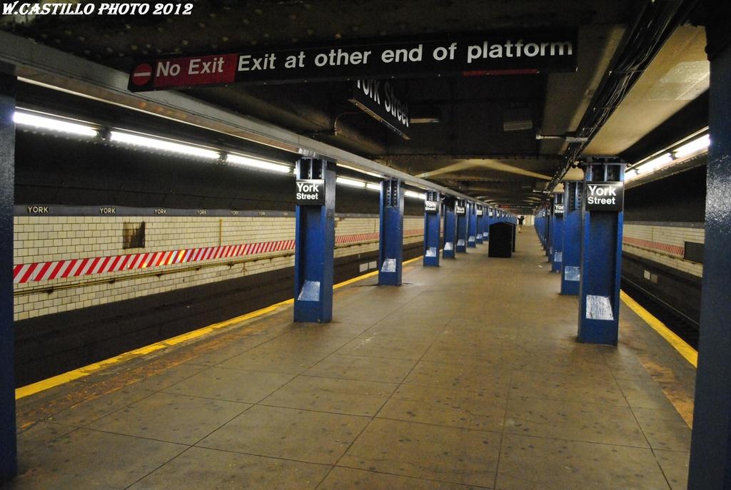 (291k, 1024x687)<br><b>Country:</b> United States<br><b>City:</b> New York<br><b>System:</b> New York City Transit<br><b>Line:</b> IND 6th Avenue Line<br><b>Location:</b> York Street <br><b>Photo by:</b> Wilfredo Castillo<br><b>Date:</b> 3/13/2012<br><b>Viewed (this week/total):</b> 3 / 1122