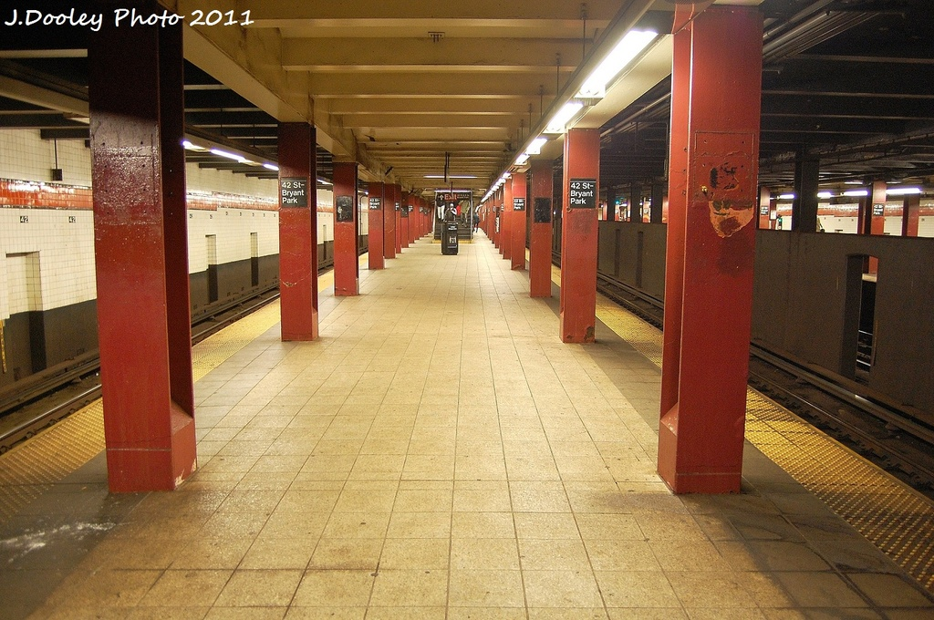 (372k, 1024x680)<br><b>Country:</b> United States<br><b>City:</b> New York<br><b>System:</b> New York City Transit<br><b>Line:</b> IND 6th Avenue Line<br><b>Location:</b> 42nd Street/Bryant Park<br><b>Photo by:</b> John Dooley<br><b>Date:</b> 10/30/2011<br><b>Viewed (this week/total):</b> 0 / 1050