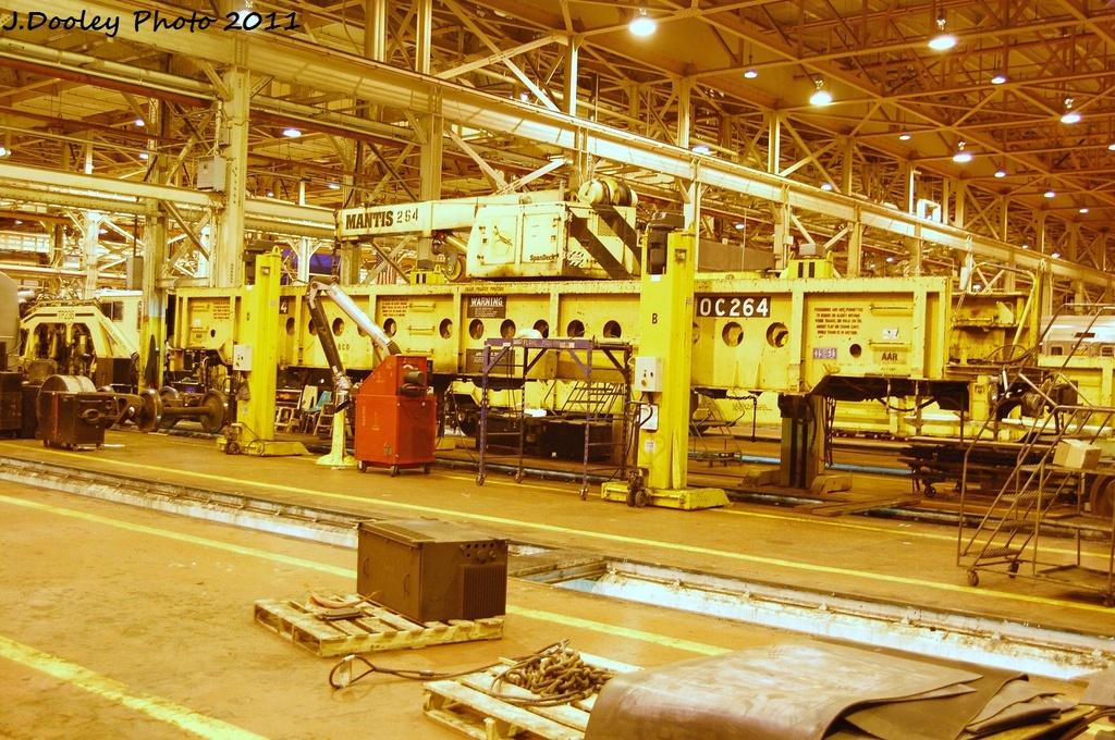 (423k, 1024x680)<br><b>Country:</b> United States<br><b>City:</b> New York<br><b>System:</b> New York City Transit<br><b>Location:</b> Coney Island Shop/Overhaul & Repair Shop<br><b>Car:</b> R-113 Crane Car  264 <br><b>Photo by:</b> John Dooley<br><b>Date:</b> 10/15/2011<br><b>Viewed (this week/total):</b> 0 / 565