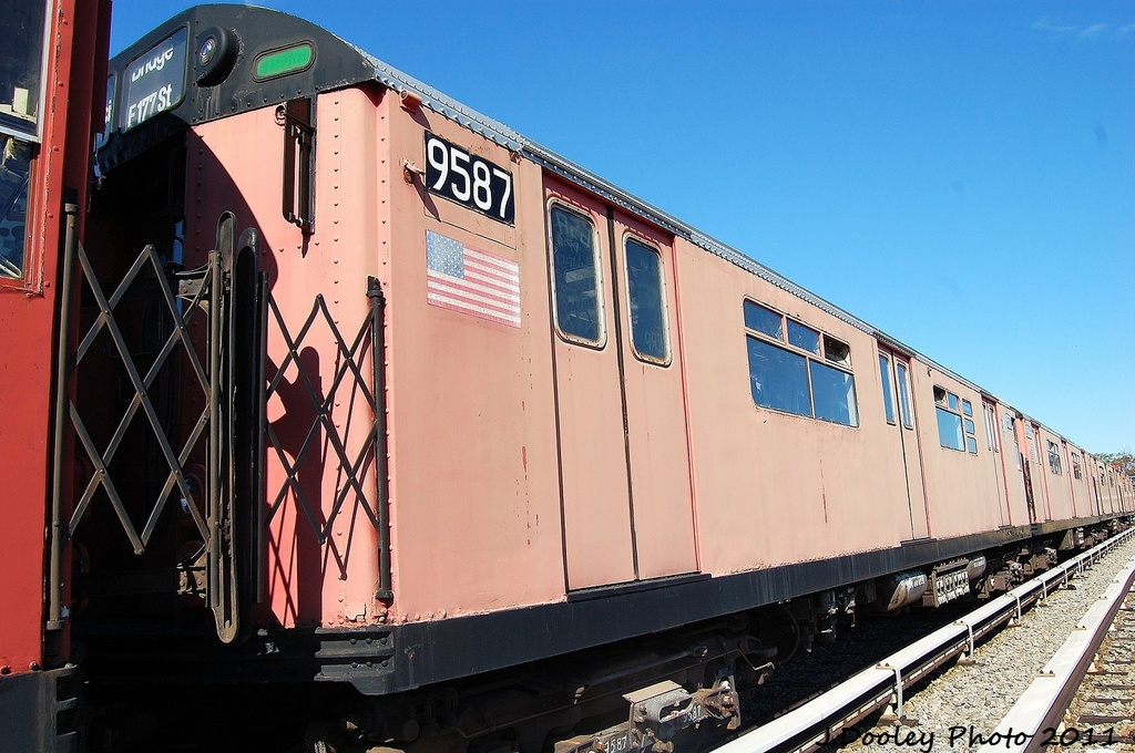 (322k, 1024x680)<br><b>Country:</b> United States<br><b>City:</b> New York<br><b>System:</b> New York City Transit<br><b>Location:</b> Unionport Yard<br><b>Car:</b> R-36 World's Fair (St. Louis, 1963-64) 9587 <br><b>Photo by:</b> John Dooley<br><b>Date:</b> 10/28/2011<br><b>Viewed (this week/total):</b> 1 / 871