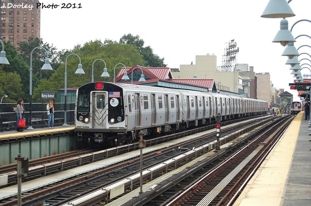 (380k, 1024x680)<br><b>Country:</b> United States<br><b>City:</b> New York<br><b>System:</b> New York City Transit<br><b>Line:</b> BMT Nassau Street/Jamaica Line<br><b>Location:</b> Marcy Avenue <br><b>Route:</b> M<br><b>Car:</b> R-160A-1 (Alstom, 2005-2008, 4 car sets)  8404 <br><b>Photo by:</b> John Dooley<br><b>Date:</b> 9/20/2011<br><b>Viewed (this week/total):</b> 0 / 991