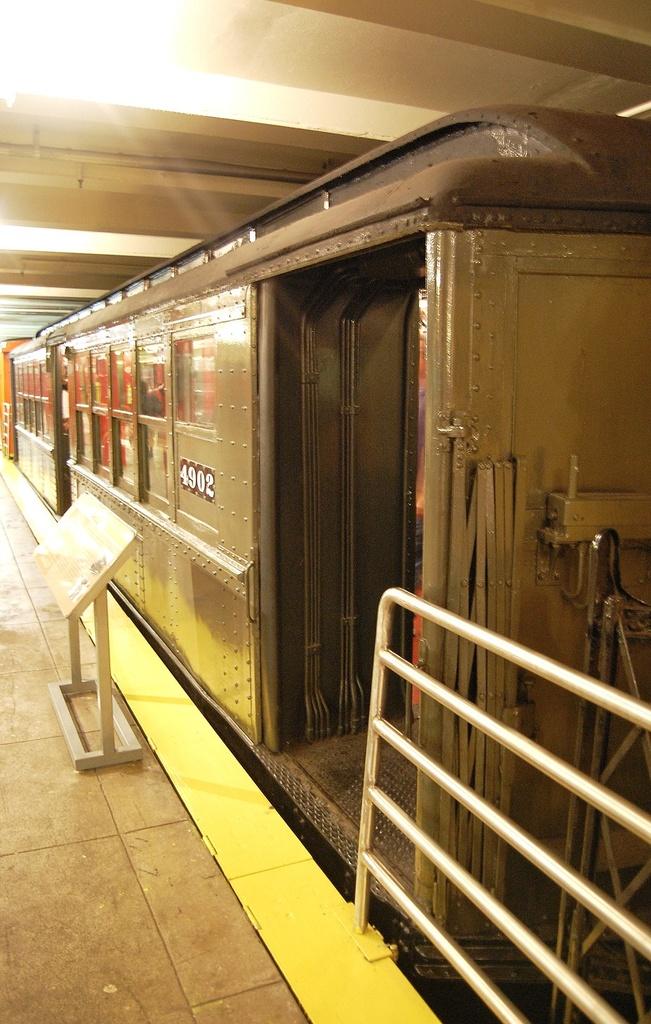 (328k, 651x1024)<br><b>Country:</b> United States<br><b>City:</b> New York<br><b>System:</b> New York City Transit<br><b>Location:</b> New York Transit Museum<br><b>Car:</b> Low-V 4902 <br><b>Photo by:</b> John Dooley<br><b>Date:</b> 10/2/2011<br><b>Viewed (this week/total):</b> 0 / 707