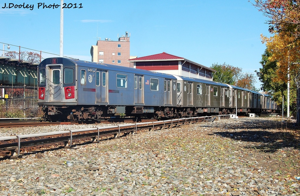 (464k, 1024x670)<br><b>Country:</b> United States<br><b>City:</b> New York<br><b>System:</b> New York City Transit<br><b>Line:</b> IRT White Plains Road Line<br><b>Location:</b> Dyre Flyover<br><b>Route:</b> 5<br><b>Car:</b> R-142 (Primary Order, Bombardier, 1999-2002)  6491 <br><b>Photo by:</b> John Dooley<br><b>Date:</b> 10/28/2011<br><b>Viewed (this week/total):</b> 0 / 709