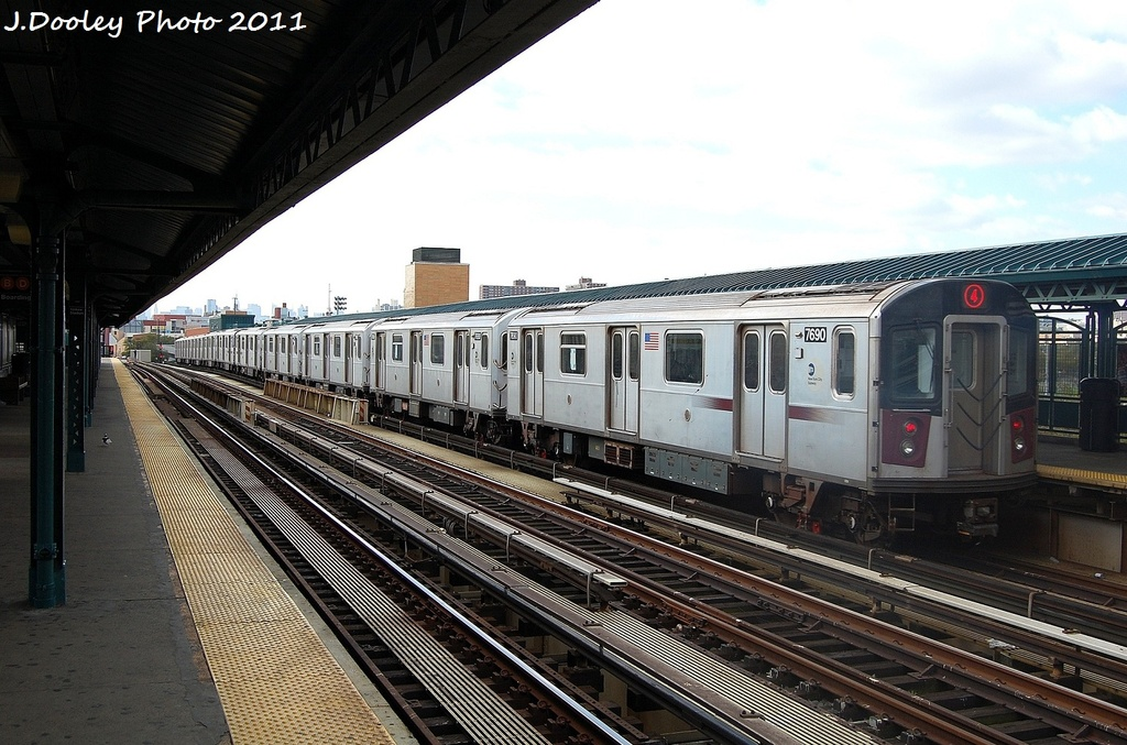 (337k, 1024x677)<br><b>Country:</b> United States<br><b>City:</b> New York<br><b>System:</b> New York City Transit<br><b>Line:</b> IRT Woodlawn Line<br><b>Location:</b> 161st Street/River Avenue (Yankee Stadium) <br><b>Route:</b> 4<br><b>Car:</b> R-142A (Option Order, Kawasaki, 2002-2003)  7690 <br><b>Photo by:</b> John Dooley<br><b>Date:</b> 10/23/2011<br><b>Viewed (this week/total):</b> 0 / 652