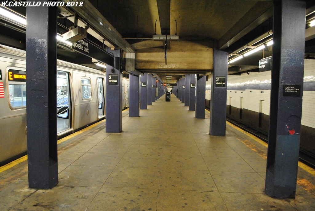 (293k, 1024x687)<br><b>Country:</b> United States<br><b>City:</b> New York<br><b>System:</b> New York City Transit<br><b>Line:</b> IND 6th Avenue Line<br><b>Location:</b> 2nd Avenue <br><b>Photo by:</b> Wilfredo Castillo<br><b>Date:</b> 3/13/2012<br><b>Viewed (this week/total):</b> 0 / 722