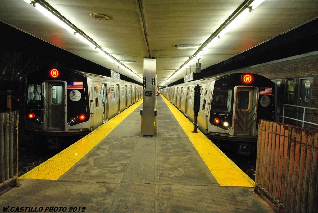 (306k, 1024x687)<br><b>Country:</b> United States<br><b>City:</b> New York<br><b>System:</b> New York City Transit<br><b>Line:</b> BMT Myrtle Avenue Line<br><b>Location:</b> Metropolitan Avenue <br><b>Route:</b> M<br><b>Car:</b> R-160A-1 (Alstom, 2005-2008, 4 car sets)   <br><b>Photo by:</b> Wilfredo Castillo<br><b>Date:</b> 3/16/2012<br><b>Viewed (this week/total):</b> 0 / 1719