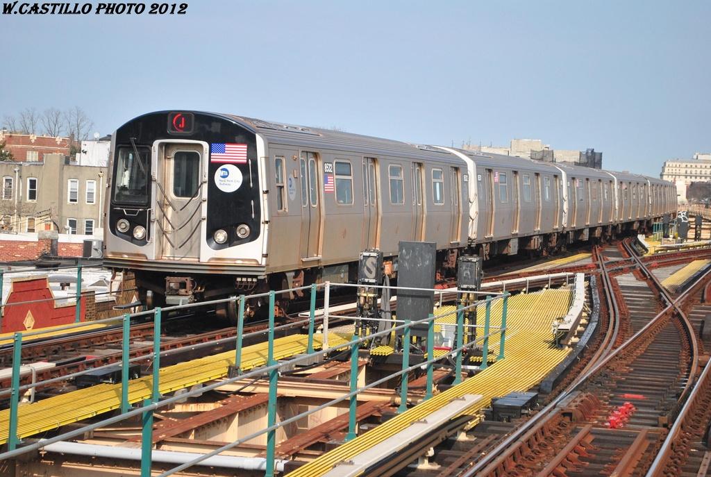 (341k, 1024x687)<br><b>Country:</b> United States<br><b>City:</b> New York<br><b>System:</b> New York City Transit<br><b>Line:</b> BMT Nassau Street/Jamaica Line<br><b>Location:</b> 121st Street <br><b>Route:</b> J<br><b>Car:</b> R-160A-1 (Alstom, 2005-2008, 4 car sets)  8532 <br><b>Photo by:</b> Wilfredo Castillo<br><b>Date:</b> 3/23/2012<br><b>Viewed (this week/total):</b> 0 / 1090