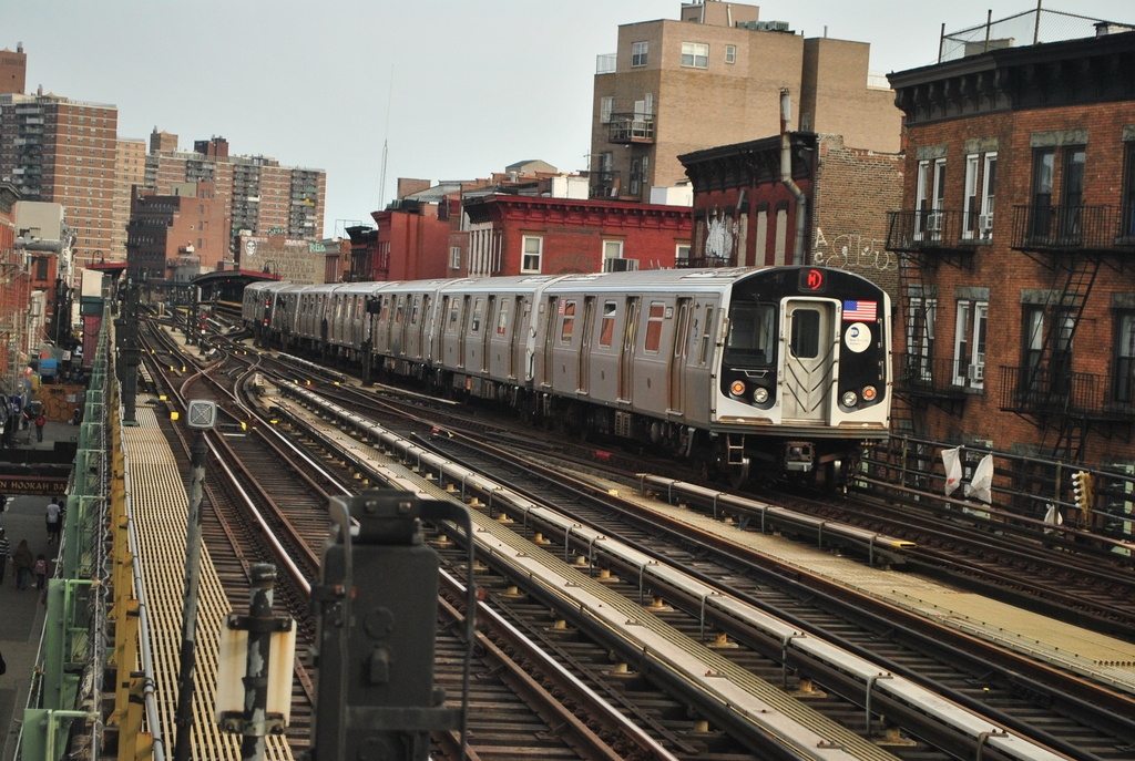 (415k, 1024x687)<br><b>Country:</b> United States<br><b>City:</b> New York<br><b>System:</b> New York City Transit<br><b>Line:</b> BMT Nassau Street/Jamaica Line<br><b>Location:</b> Marcy Avenue <br><b>Route:</b> M<br><b>Car:</b> R-160A-1 (Alstom, 2005-2008, 4 car sets)  8604 <br><b>Photo by:</b> Wilfredo Castillo<br><b>Date:</b> 3/23/2012<br><b>Viewed (this week/total):</b> 2 / 866