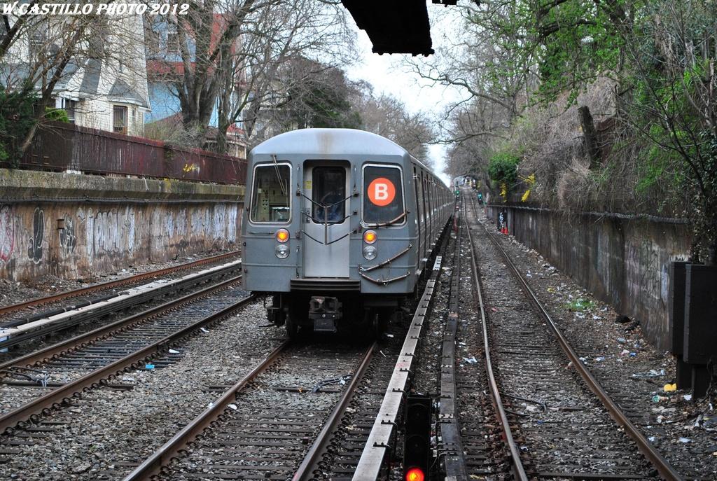 (453k, 1024x687)<br><b>Country:</b> United States<br><b>City:</b> New York<br><b>System:</b> New York City Transit<br><b>Line:</b> BMT Brighton Line<br><b>Location:</b> Newkirk Plaza (fmrly Newkirk Ave.) <br><b>Route:</b> B<br><b>Car:</b> R-68A (Kawasaki, 1988-1989)  5080 <br><b>Photo by:</b> Wilfredo Castillo<br><b>Date:</b> 3/23/2012<br><b>Viewed (this week/total):</b> 1 / 1048