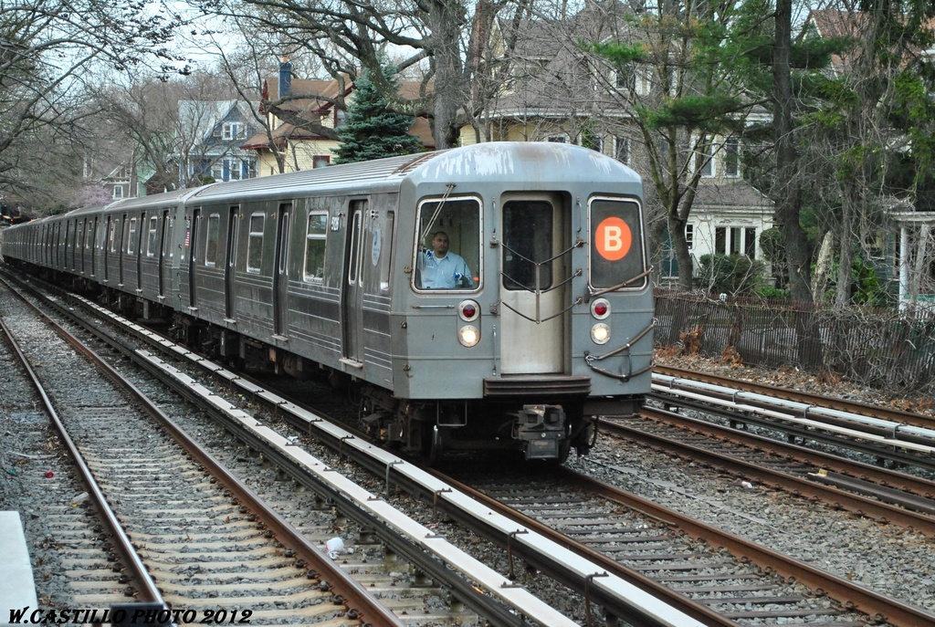 (435k, 1024x687)<br><b>Country:</b> United States<br><b>City:</b> New York<br><b>System:</b> New York City Transit<br><b>Line:</b> BMT Brighton Line<br><b>Location:</b> Avenue H <br><b>Route:</b> B<br><b>Car:</b> R-68A (Kawasaki, 1988-1989)  5126 <br><b>Photo by:</b> Wilfredo Castillo<br><b>Date:</b> 3/23/2012<br><b>Viewed (this week/total):</b> 2 / 1135