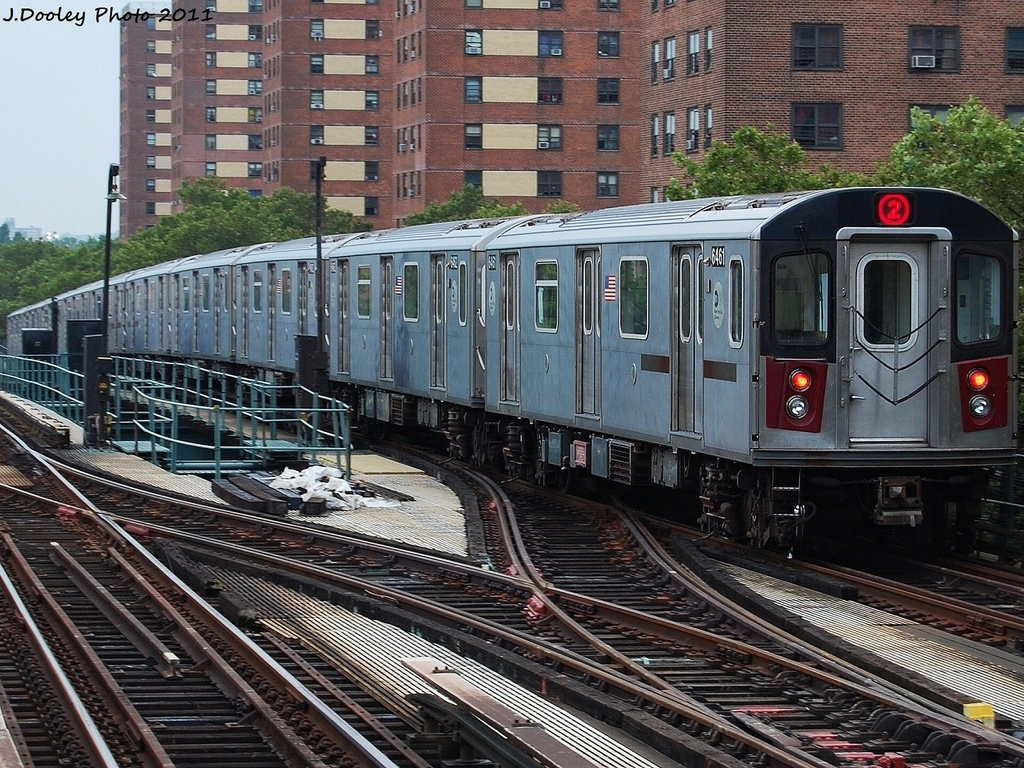(461k, 1024x768)<br><b>Country:</b> United States<br><b>City:</b> New York<br><b>System:</b> New York City Transit<br><b>Line:</b> IRT Brooklyn Line<br><b>Location:</b> Junius Street <br><b>Route:</b> 2<br><b>Car:</b> R-142 (Primary Order, Bombardier, 1999-2002)  6461 <br><b>Photo by:</b> John Dooley<br><b>Date:</b> 7/7/2011<br><b>Viewed (this week/total):</b> 0 / 1268