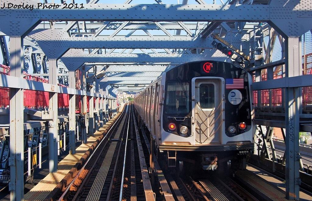 (422k, 1024x660)<br><b>Country:</b> United States<br><b>City:</b> New York<br><b>System:</b> New York City Transit<br><b>Line:</b> BMT Nassau Street/Jamaica Line<br><b>Location:</b> Williamsburg Bridge<br><b>Route:</b> M<br><b>Car:</b> R-160A-1 (Alstom, 2005-2008, 4 car sets)  8556 <br><b>Photo by:</b> John Dooley<br><b>Date:</b> 8/17/2011<br><b>Viewed (this week/total):</b> 0 / 799