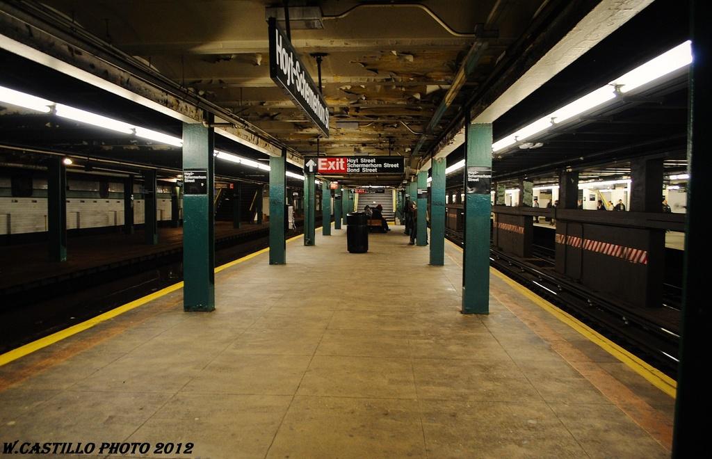 (293k, 1024x660)<br><b>Country:</b> United States<br><b>City:</b> New York<br><b>System:</b> New York City Transit<br><b>Line:</b> IND Fulton Street Line<br><b>Location:</b> Hoyt-Schermerhorn Street <br><b>Photo by:</b> Wilfredo Castillo<br><b>Date:</b> 3/27/2012<br><b>Viewed (this week/total):</b> 1 / 1160