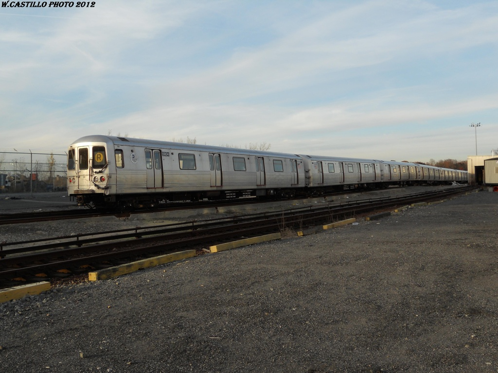 (321k, 1024x768)<br><b>Country:</b> United States<br><b>City:</b> New York<br><b>System:</b> New York City Transit<br><b>Location:</b> Jamaica Yard/Shops<br><b>Car:</b> R-46 (Pullman-Standard, 1974-75) 5804 <br><b>Photo by:</b> Wilfredo Castillo<br><b>Date:</b> 2012<br><b>Viewed (this week/total):</b> 8 / 754