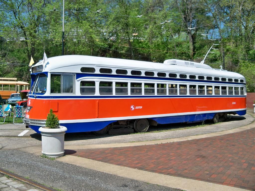 (184k, 1024x768)<br><b>Country:</b> United States<br><b>City:</b> Baltimore, MD<br><b>System:</b> Baltimore Streetcar Museum <br><b>Car:</b> PTC/SEPTA Postwar All-electric PCC (St.Louis, 1948)  2168 <br><b>Photo by:</b> Fran Rogers<br><b>Date:</b> 4/11/2010<br><b>Viewed (this week/total):</b> 0 / 937