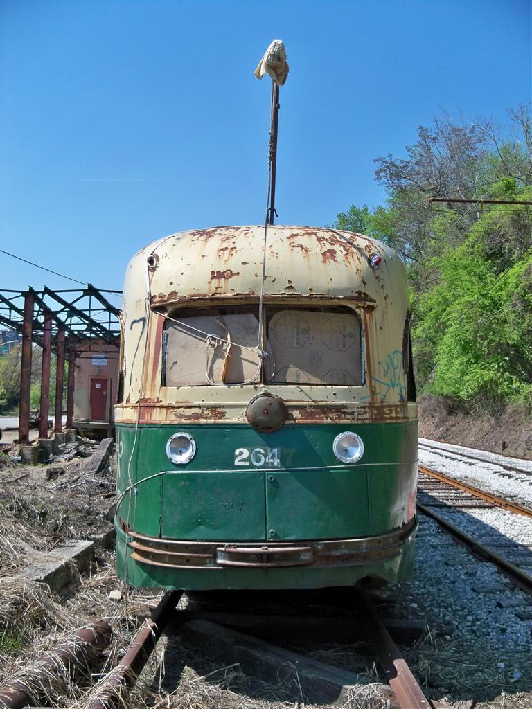 (160k, 768x1024)<br><b>Country:</b> United States<br><b>City:</b> Baltimore, MD<br><b>System:</b> Baltimore Streetcar Museum <br><b>Car:</b> PTC/SEPTA Wartime Air-car PCC (St.Louis, 1942)  2647 <br><b>Photo by:</b> Fran Rogers<br><b>Date:</b> 4/11/2010<br><b>Viewed (this week/total):</b> 0 / 558