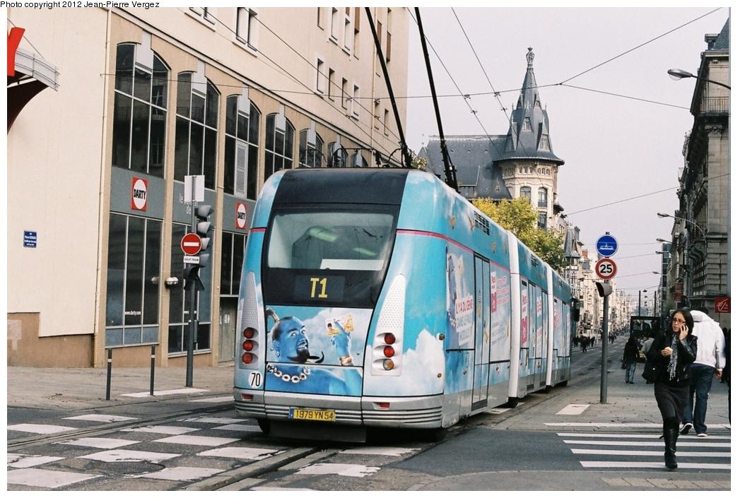 (294k, 1044x705)<br><b>Country:</b> France<br><b>City:</b> Nancy<br><b>System:</b> Transports de l'agglomération Nancéienne (STAN)<br><b>Location:</b> Bet. Maginot & Nancy Gare (T1)<br><b>Car:</b> Guided Light Transit (Bombardier, 2001) 20 <br><b>Photo by:</b> Jean-Pierre Vergez<br><b>Date:</b> 10/30/2011<br><b>Viewed (this week/total):</b> 0 / 256