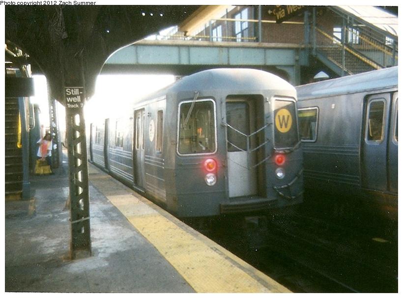 (233k, 820x607)<br><b>Country:</b> United States<br><b>City:</b> New York<br><b>System:</b> New York City Transit<br><b>Location:</b> Coney Island/Stillwell Avenue<br><b>Route:</b> W<br><b>Car:</b> R-68A (Kawasaki, 1988-1989)   <br><b>Photo by:</b> Zach Summer<br><b>Date:</b> 7/22/2001<br><b>Notes:</b> First day of Broadway-West End W service.<br><b>Viewed (this week/total):</b> 3 / 1248