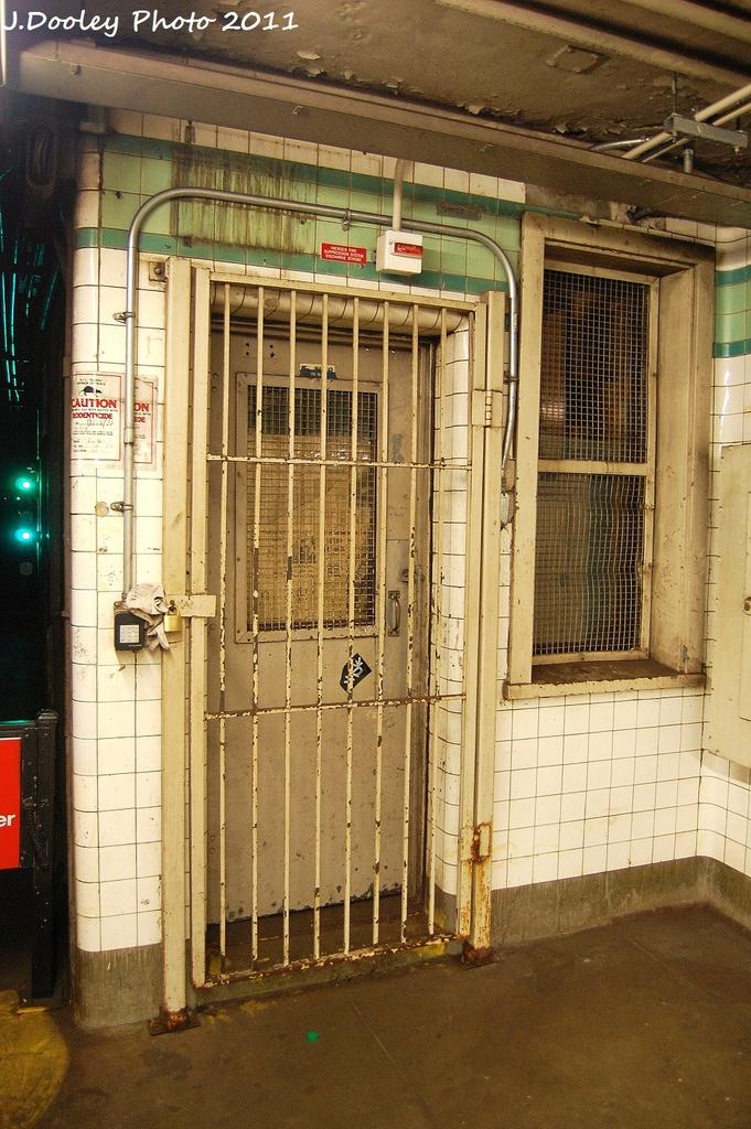 (382k, 681x1024)<br><b>Country:</b> United States<br><b>City:</b> New York<br><b>System:</b> New York City Transit<br><b>Line:</b> IND Fulton Street Line<br><b>Location:</b> Lafayette Avenue <br><b>Photo by:</b> John Dooley<br><b>Date:</b> 11/25/2011<br><b>Notes:</b> RTO tower.<br><b>Viewed (this week/total):</b> 1 / 1079