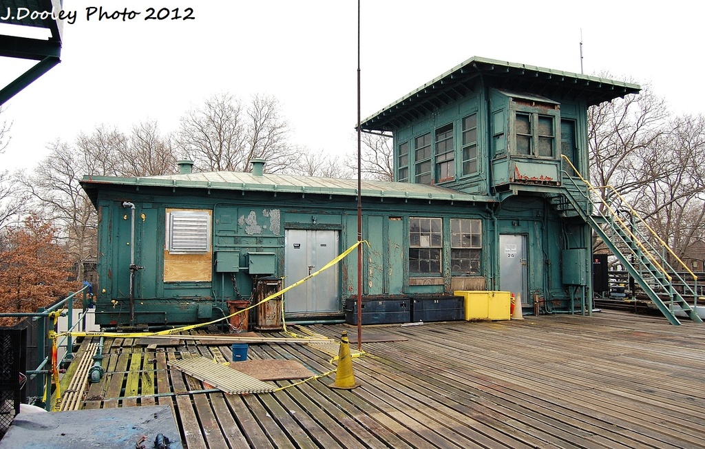 (396k, 1024x652)<br><b>Country:</b> United States<br><b>City:</b> New York<br><b>System:</b> New York City Transit<br><b>Location:</b> Livonia Yard<br><b>Photo by:</b> John Dooley<br><b>Date:</b> 1/26/2012<br><b>Notes:</b> Old tower.<br><b>Viewed (this week/total):</b> 0 / 1543