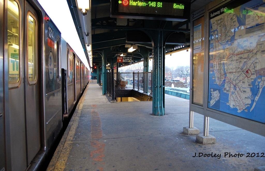 (342k, 1024x663)<br><b>Country:</b> United States<br><b>City:</b> New York<br><b>System:</b> New York City Transit<br><b>Line:</b> IRT Brooklyn Line<br><b>Location:</b> New Lots Avenue <br><b>Route:</b> 3<br><b>Car:</b> R-62 (Kawasaki, 1983-1985)  1314 <br><b>Photo by:</b> John Dooley<br><b>Date:</b> 1/14/2012<br><b>Viewed (this week/total):</b> 0 / 1316