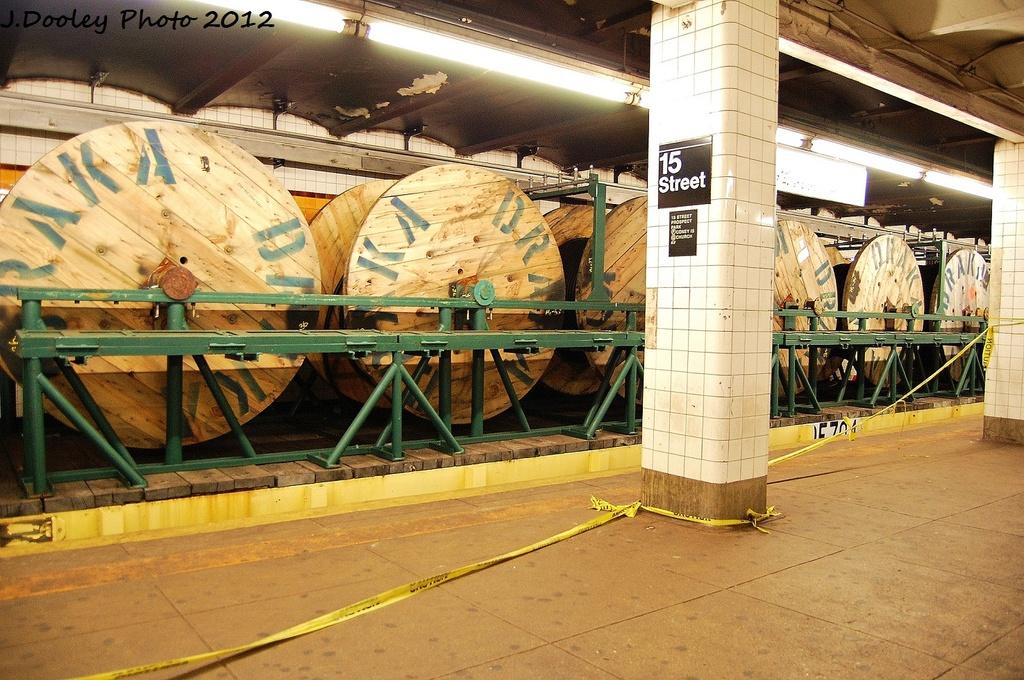 (397k, 1024x680)<br><b>Country:</b> United States<br><b>City:</b> New York<br><b>System:</b> New York City Transit<br><b>Line:</b> IND Crosstown Line<br><b>Location:</b> 15th Street/Prospect Park <br><b>Route:</b> Work Service<br><b>Car:</b> Flat Car 704 <br><b>Photo by:</b> John Dooley<br><b>Date:</b> 1/14/2012<br><b>Viewed (this week/total):</b> 0 / 1251