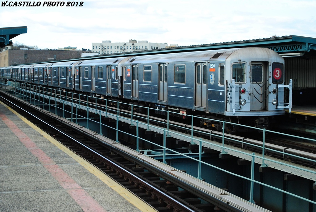 (328k, 1024x687)<br><b>Country:</b> United States<br><b>City:</b> New York<br><b>System:</b> New York City Transit<br><b>Line:</b> IRT Brooklyn Line<br><b>Location:</b> Sutter Avenue/Rutland Road <br><b>Route:</b> 3<br><b>Car:</b> R-62 (Kawasaki, 1983-1985)  1500 <br><b>Photo by:</b> Wilfredo Castillo<br><b>Date:</b> 3/29/2012<br><b>Viewed (this week/total):</b> 0 / 805
