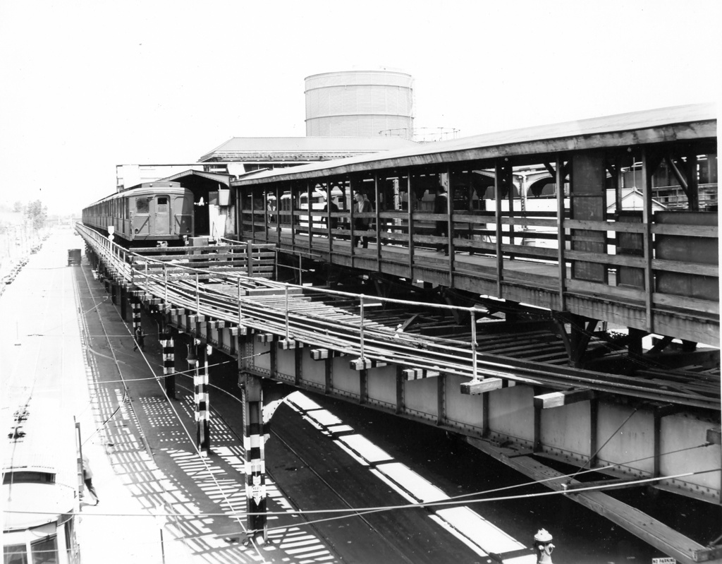 (251k, 1024x799)<br><b>Country:</b> United States<br><b>City:</b> New York<br><b>System:</b> New York City Transit<br><b>Location:</b> Coney Island/Stillwell Avenue<br><b>Car:</b> BMT A/B-Type Standard  <br><b>Photo by:</b> Ed Watson/Arthur Lonto Collection<br><b>Collection of:</b> Frank Pfuhler<br><b>Date:</b> 5/29/1944<br><b>Viewed (this week/total):</b> 0 / 1717
