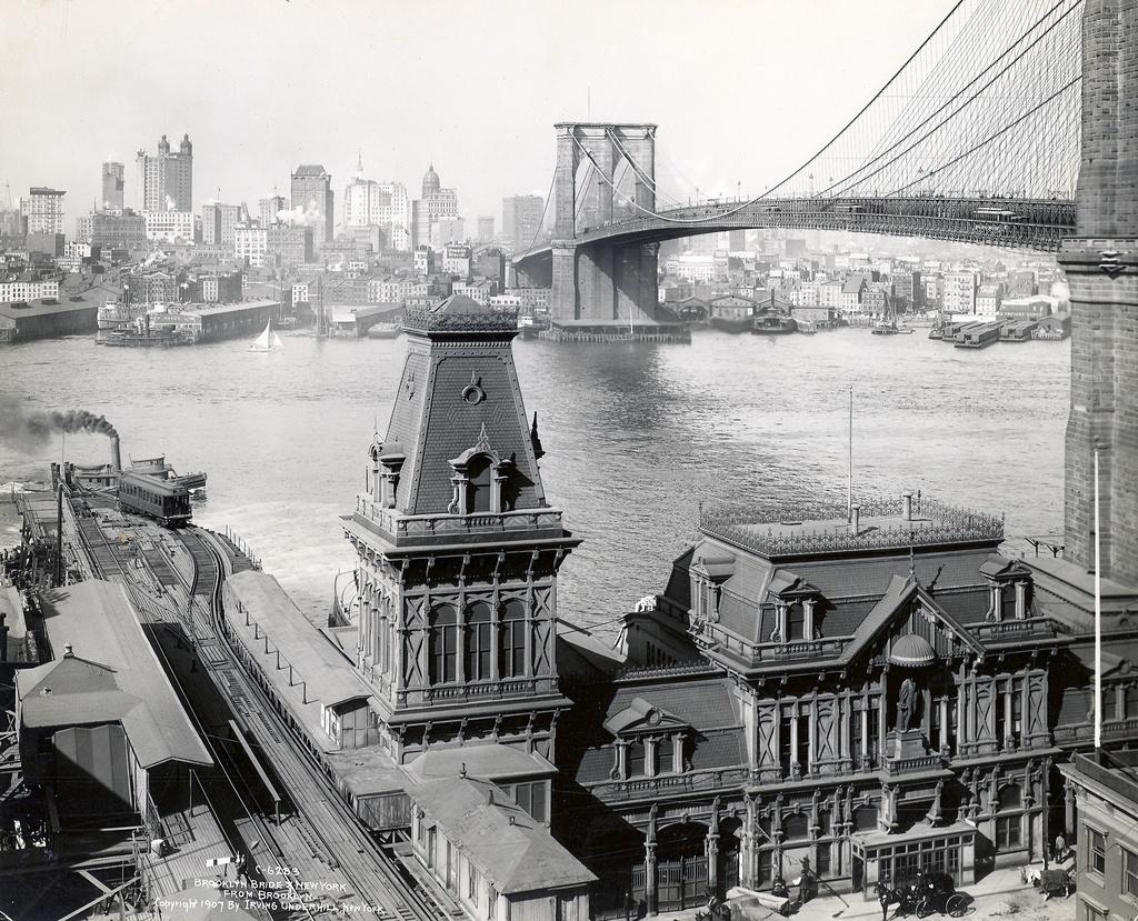 (422k, 1024x829)<br><b>Country:</b> United States<br><b>City:</b> New York<br><b>System:</b> New York City Transit<br><b>Line:</b> BMT Fulton<br><b>Location:</b> Fulton Ferry (Brooklyn) <br><b>Photo by:</b> Ed Watson/Arthur Lonto Collection<br><b>Collection of:</b> Frank Pfuhler<br><b>Date:</b> 1907<br><b>Viewed (this week/total):</b> 1 / 1259