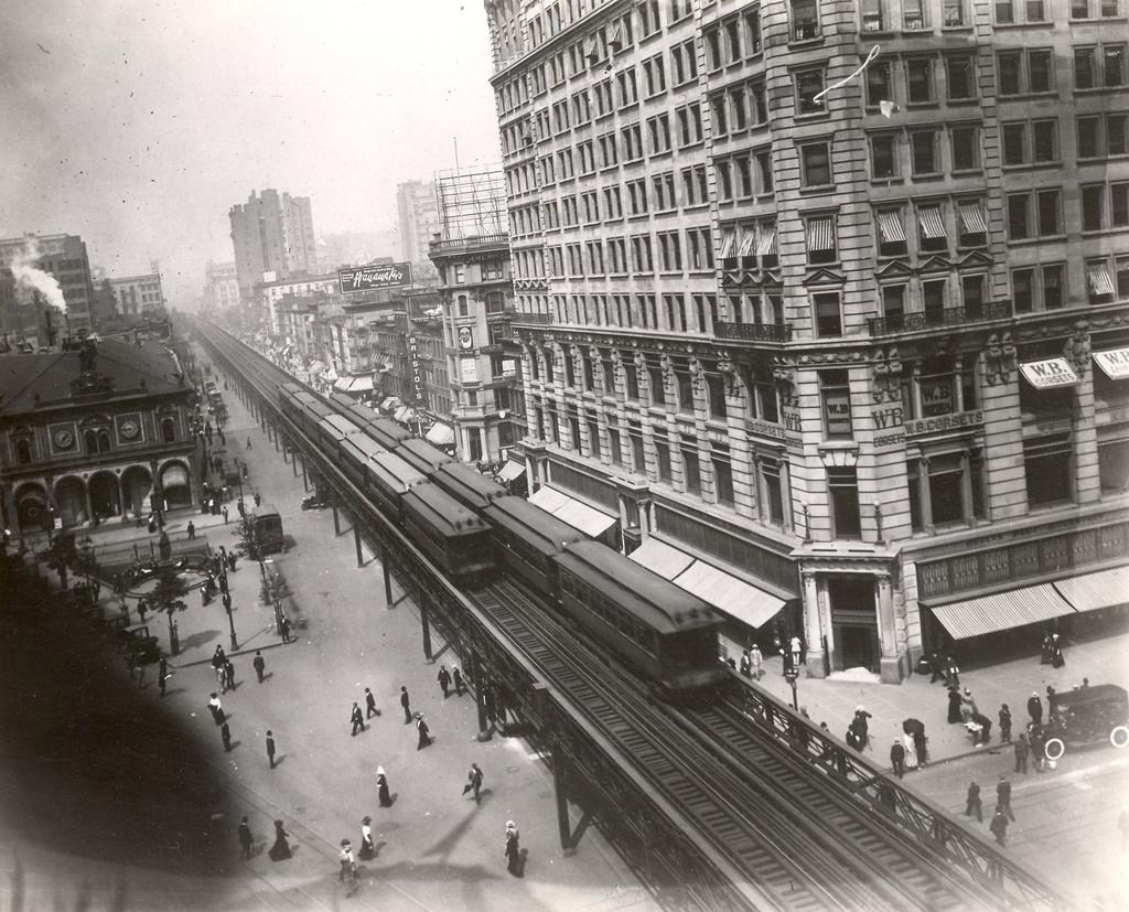 (351k, 1024x827)<br><b>Country:</b> United States<br><b>City:</b> New York<br><b>System:</b> New York City Transit<br><b>Line:</b> 6th Avenue El<br><b>Location:</b> 33rd Street <br><b>Photo by:</b> Ed Watson/Arthur Lonto Collection<br><b>Collection of:</b> Frank Pfuhler<br><b>Date:</b> 1908<br><b>Viewed (this week/total):</b> 0 / 1432