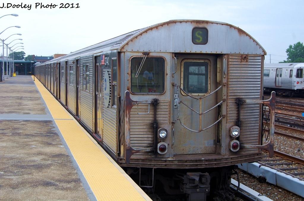 (330k, 1024x679)<br><b>Country:</b> United States<br><b>City:</b> New York<br><b>System:</b> New York City Transit<br><b>Line:</b> IND Rockaway<br><b>Location:</b> Rockaway Park/Beach 116th Street <br><b>Route:</b> S<br><b>Car:</b> R-32 (Budd, 1964)  3740 <br><b>Photo by:</b> John Dooley<br><b>Date:</b> 7/24/2011<br><b>Viewed (this week/total):</b> 1 / 785