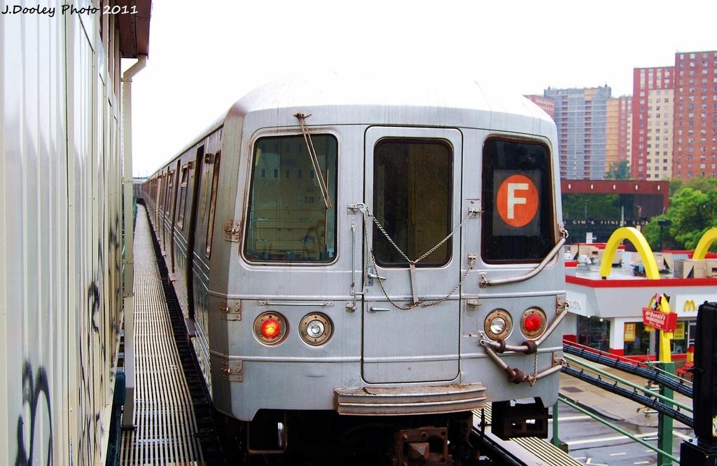 (296k, 1024x665)<br><b>Country:</b> United States<br><b>City:</b> New York<br><b>System:</b> New York City Transit<br><b>Line:</b> BMT Culver Line<br><b>Location:</b> Neptune Avenue <br><b>Route:</b> F<br><b>Car:</b> R-46 (Pullman-Standard, 1974-75) 5656 <br><b>Photo by:</b> John Dooley<br><b>Date:</b> 8/25/2011<br><b>Viewed (this week/total):</b> 2 / 768