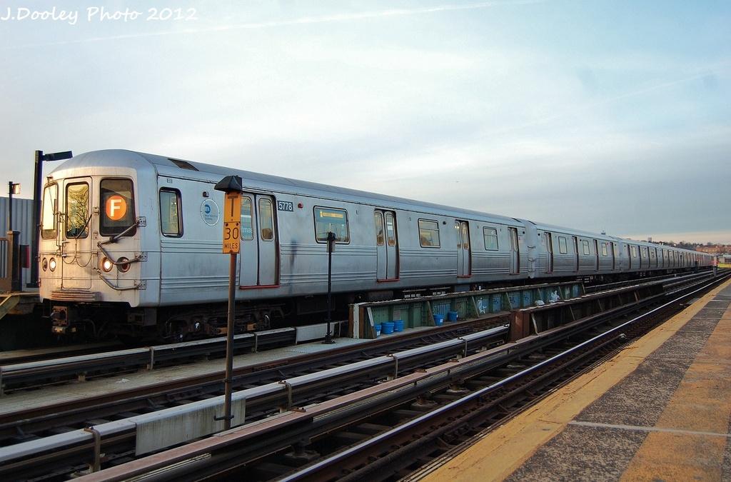 (294k, 1024x675)<br><b>Country:</b> United States<br><b>City:</b> New York<br><b>System:</b> New York City Transit<br><b>Line:</b> BMT Culver Line<br><b>Location:</b> Ditmas Avenue <br><b>Route:</b> F<br><b>Car:</b> R-46 (Pullman-Standard, 1974-75) 5778 <br><b>Photo by:</b> John Dooley<br><b>Date:</b> 1/20/2012<br><b>Viewed (this week/total):</b> 4 / 743
