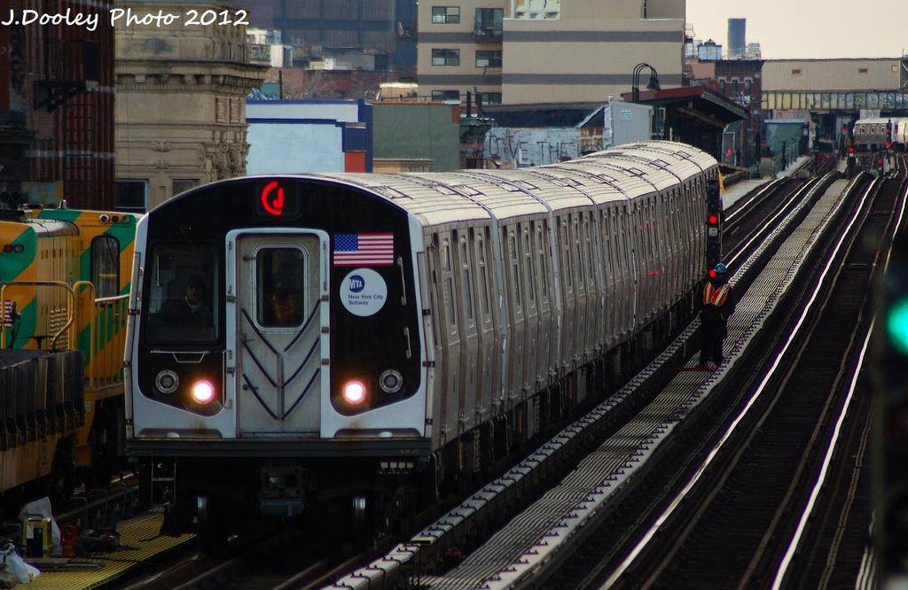 (322k, 1024x666)<br><b>Country:</b> United States<br><b>City:</b> New York<br><b>System:</b> New York City Transit<br><b>Line:</b> BMT Nassau Street/Jamaica Line<br><b>Location:</b> Gates Avenue <br><b>Route:</b> J<br><b>Car:</b> R-160A-1 (Alstom, 2005-2008, 4 car sets)  8365 <br><b>Photo by:</b> John Dooley<br><b>Date:</b> 1/28/2012<br><b>Viewed (this week/total):</b> 0 / 897