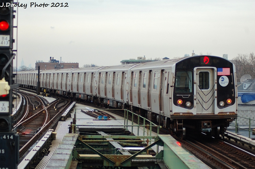 (309k, 1024x680)<br><b>Country:</b> United States<br><b>City:</b> New York<br><b>System:</b> New York City Transit<br><b>Line:</b> BMT Culver Line<br><b>Location:</b> Kings Highway <br><b>Route:</b> F<br><b>Car:</b> R-160A (Option 1) (Alstom, 2008-2009, 5 car sets)  9277 <br><b>Photo by:</b> John Dooley<br><b>Date:</b> 1/26/2012<br><b>Viewed (this week/total):</b> 1 / 867