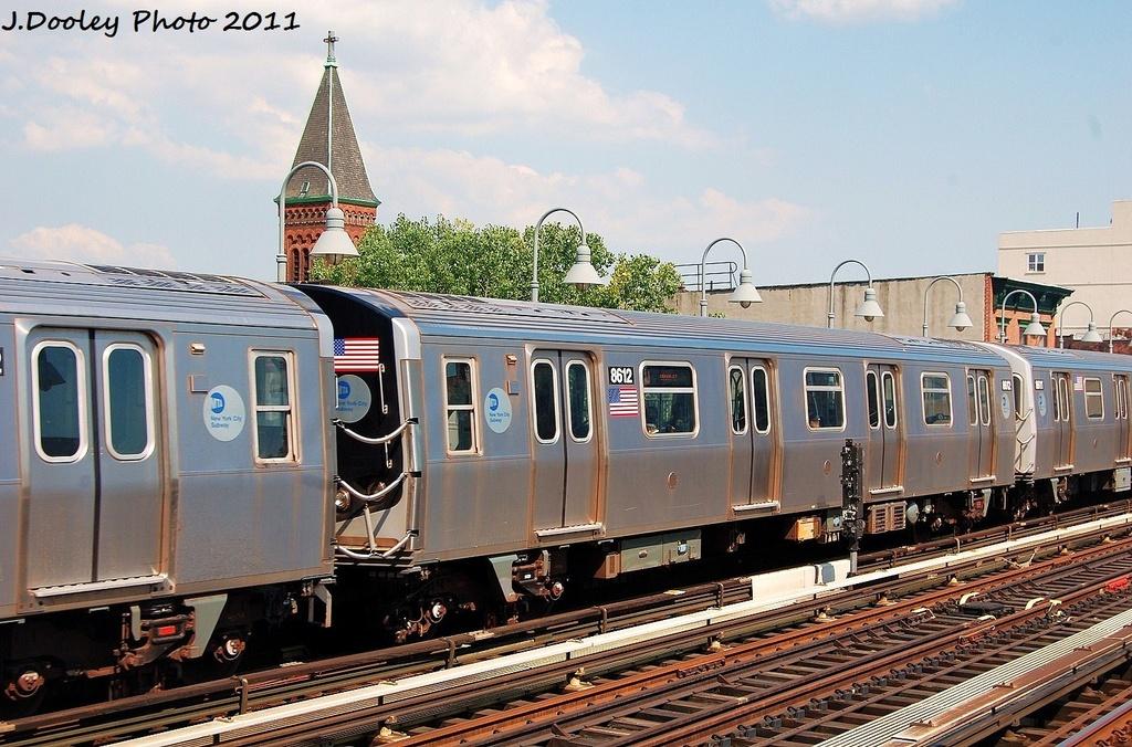 (363k, 1024x676)<br><b>Country:</b> United States<br><b>City:</b> New York<br><b>System:</b> New York City Transit<br><b>Line:</b> BMT Nassau Street/Jamaica Line<br><b>Location:</b> Marcy Avenue <br><b>Route:</b> J<br><b>Car:</b> R-160A-1 (Alstom, 2005-2008, 4 car sets)  8612 <br><b>Photo by:</b> John Dooley<br><b>Date:</b> 8/17/2011<br><b>Viewed (this week/total):</b> 2 / 844